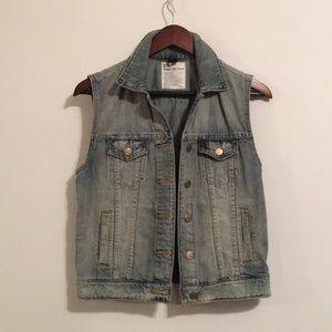 JCrew tinted out wash jean vest XS